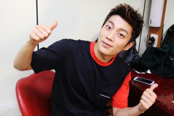 Doo-Joon-yoon-doo-joon-32617264-600-400