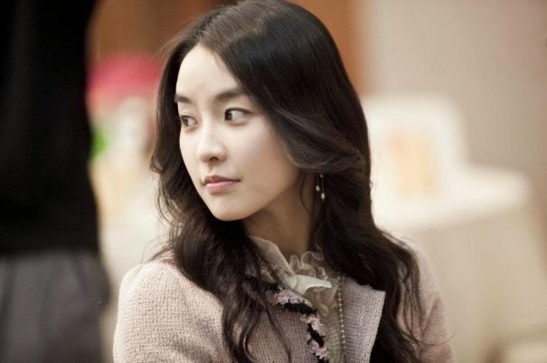 Jung Yoo Mi